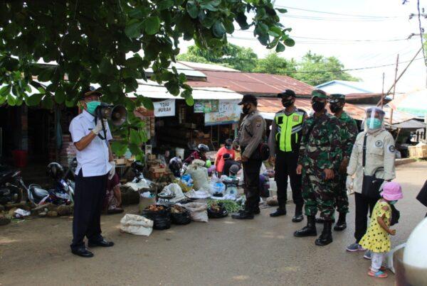Sosialisasi Bahaya Narkoba dan Covid-19 di Pasar Tapandang dan Bajuin Plaza Pelaihari